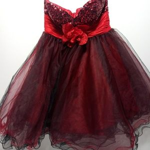 May Queen Culture Size 8 Dress.